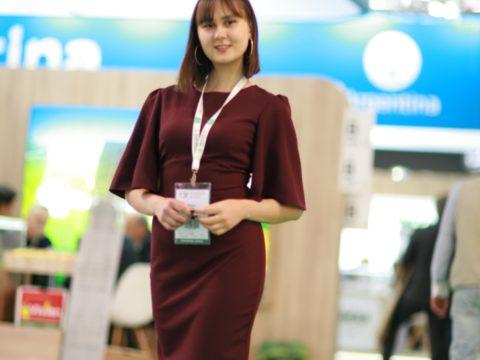 Hostess interpreter in Moscow